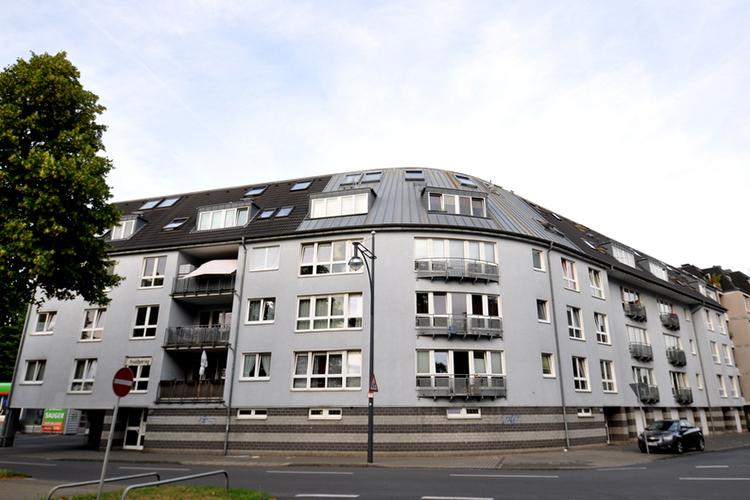 Mehrfamilienhaus Krefeld Bösl Immobilien vorne
