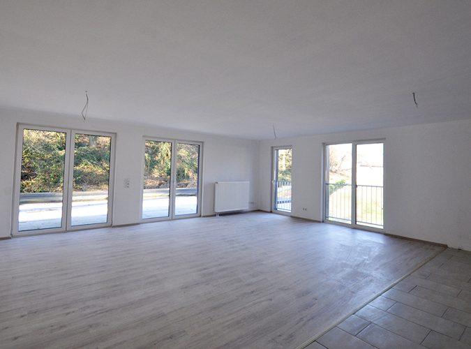 Mehrfamilienhaus Rheudt Bösl Immobilien Wohnzimmer