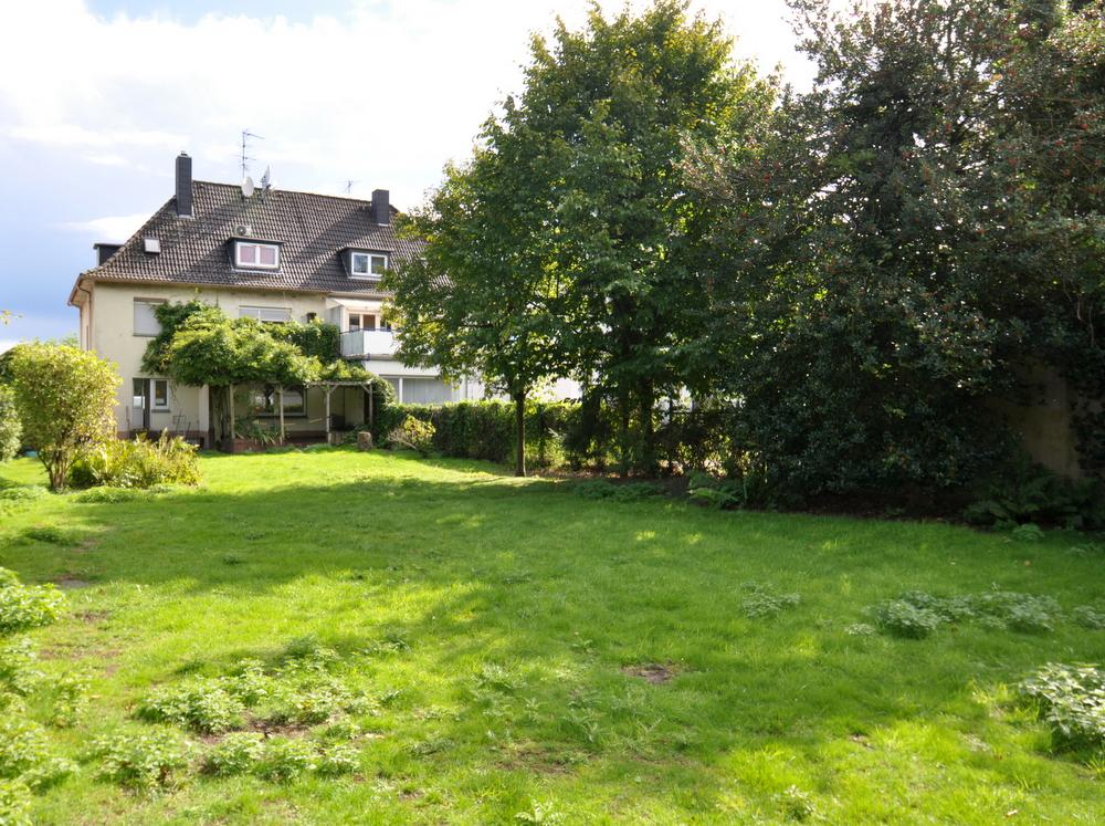 Bösl Immobilien großer Garten Einfamilienhaus Duisburg