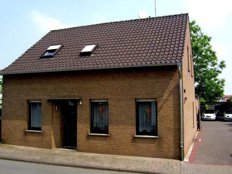 Bösl Immobilien Einfamilienhaus groß Kerken