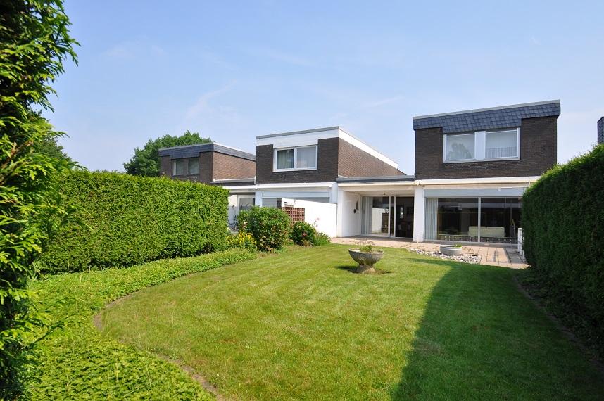 Einfamilienhaus in Moers mit Garten